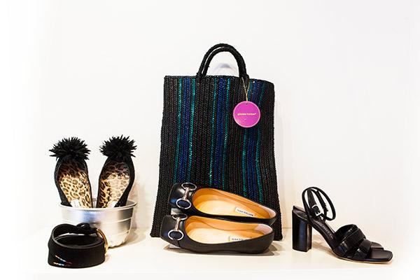 Collezione P/E Mucca Carolina Genova calzature donna, sandali e borsa neri